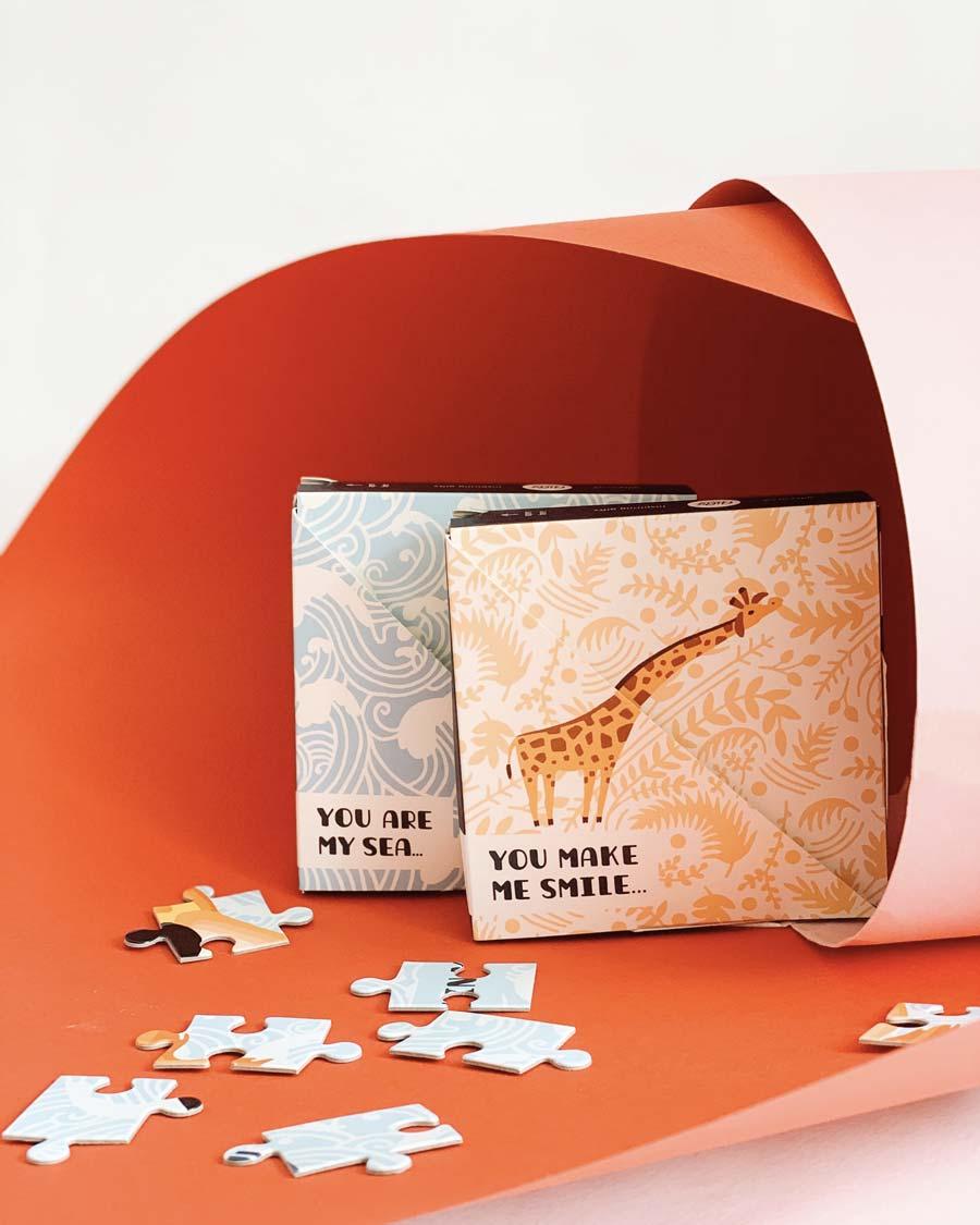 Открытки пазлы с пожеланиями на английском Жирафы и Рыбы